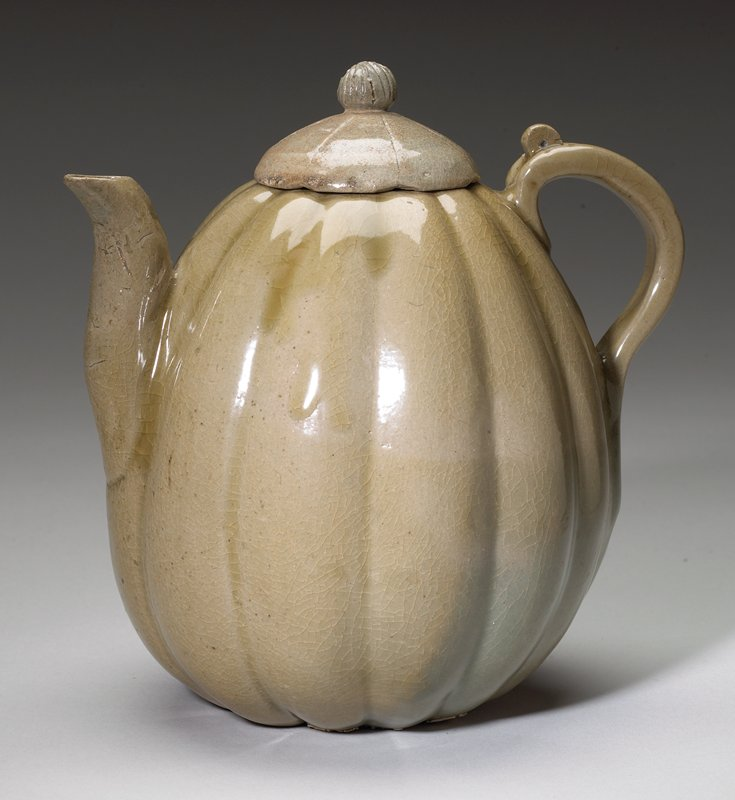 melon-shaped ewer with cover, stoneware with celadon glaze