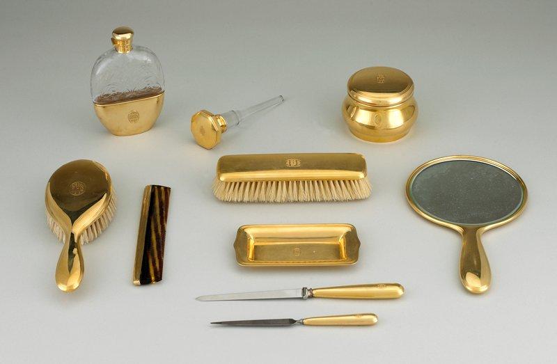 18 carat gold comb