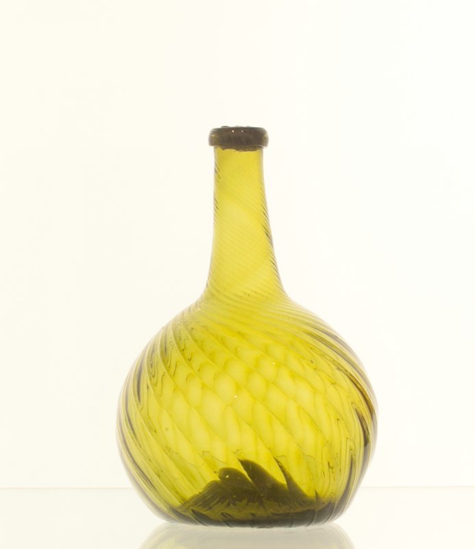 globular bottle, strong green glass, 24 ribs, left hand swirl, attributed to Zanesville; bottle and dishes from Ohio Manufacturers, 159 items in all, from the Walter Douglas Collection in Centerville, Ohio