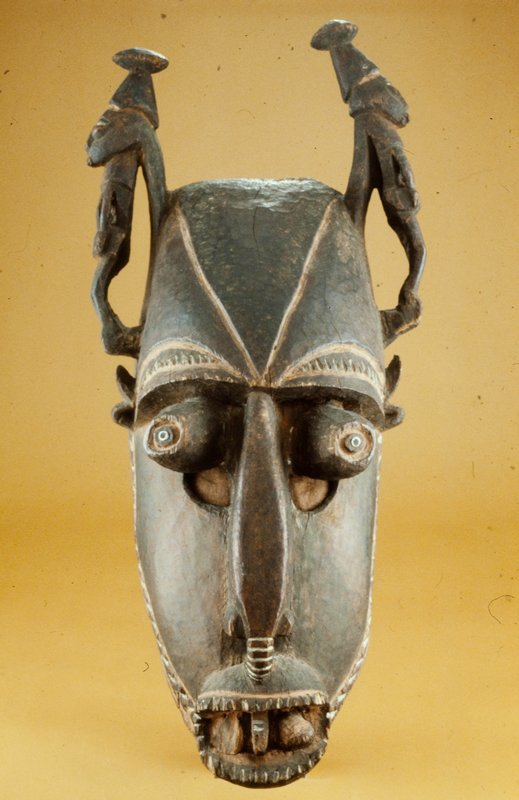 Mask, pre-1900; from the Astrolabe Bay area